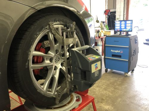 Tracking and Wheel Alignment Gallery